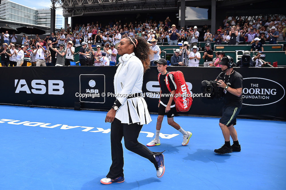 Serena Williams (USA) during the ASB Classic WTA Womens Tournament Day 2. ASB Tennis Centre, Auckland, New Zealand. Tuesday 3 January 2017. ©Copyright Photo: Chris Symes / www.photosport.nz