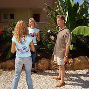 Miss Nederland 2003 reis Turkije, Hans Konings en missen