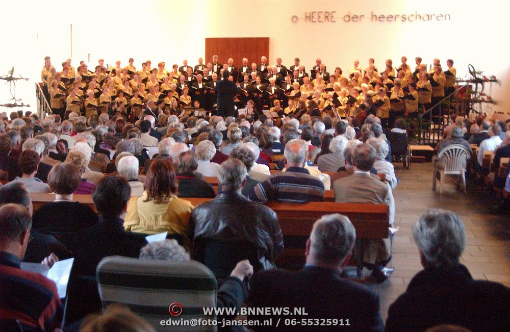 Concert Deo Juvante Zenderkerk Huizen bestaat 50 Jaar