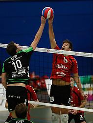 20161029 NED: Eredivisie, Vallei Volleybal Prins - Advisie SSS: Ede<br />Dwin Brouwer of Advisie SSS, Chris Ogink of Vallei Volleybal Prins <br />©2016-FotoHoogendoorn.nl / Pim Waslander