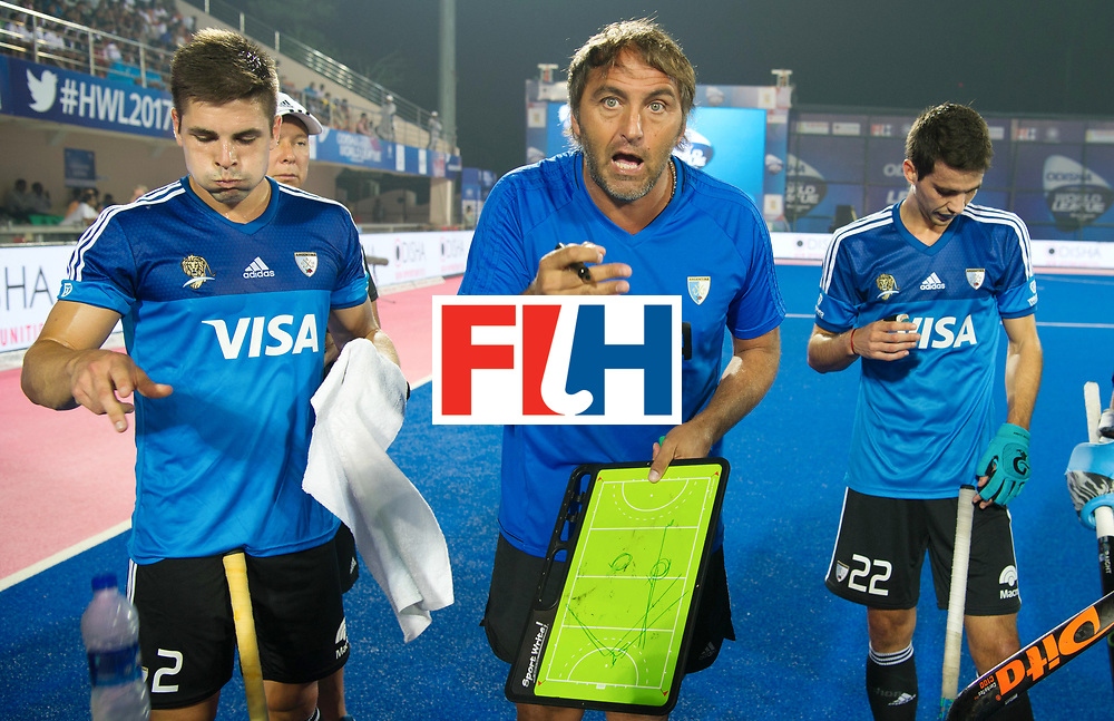 Odisha Men's Hockey World League Final Bhubaneswar 2017<br /> Match id:11<br /> Argentina v Spain<br /> Foto: coach Carlos Retegui (Arg) in the break<br /> COPYRIGHT WORLDSPORTPICS FRANK UIJLENBROEK