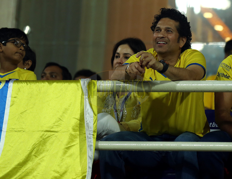 Sachin Tendulkar, Former India cricket player and co-owner of  Kerala Blasters FC during the final of the Hero Indian Super League between Kerala Blasters FC and Atletico de Kolkata held at the D.Y. Patil Stadium, Navi Mumbai, India on the 2oth December 2014.<br /> <br /> Photo by:  Sandeep Shetty / ISL/ SPORTZPICS