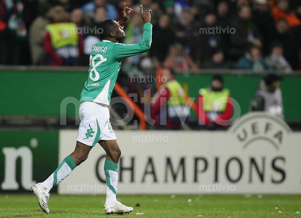 28.11.07 UEFA Champions League 2007/08 Gruppenphase SV Werder Bremen - Real Madrid Boubacar SANOGO (Werder).