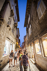THEMENBILD - URLAUB IN KROATIEN, die Einkaufsstrasse am Abend, aufgenommen am 03.07.2014 in Porec, Kroatien // the shopping street in the evening in Porec, Croatia on 2014/07/03. EXPA Pictures © 2014, PhotoCredit: EXPA/ JFK