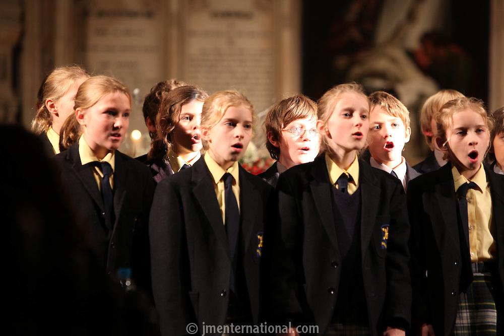 The Dragon School Choir, Nordoff Robbins Carol Service  2011 sponsored by Coutts. London..Wednesday, 14. Dec 2011