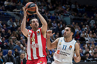 Real Madrid Facundo Campazzo and Crvena Zvezda Taylor Rochestie during Turkish Airlines Euroleague match between Real Madrid and Crvena Zvezda at Wizink Center in Madrid, Spain. December 01, 2017. (ALTERPHOTOS/Borja B.Hojas)