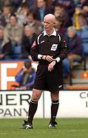 Photo: Leigh Quinnell.<br /> Leicester City v Preston North End. Coca Cola Championship. 15/04/2006. Referee Dermot Gallagher.