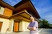 "Tetsu Kariya, writer of the best-selling manga series ""Oishinbo"", poses for a photo at his home in Kanagawa, Japan on 28 Sept. 2009..Photographer: Robert Gilhooly"