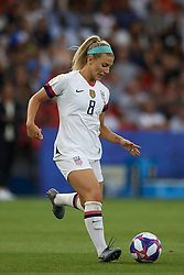 June 28, 2019 - Paris, France - Julie Ertz (Chicago Red Stars) of United States controls the ball during the 2019 FIFA Women's World Cup France Quarter Final match between France and USA at Parc des Princes on June 28, 2019 in Paris, France. (Credit Image: © Jose Breton/NurPhoto via ZUMA Press)