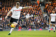 Fulham midfielder Kevin McDonald (6) looks to get a cross in to the box during the EFL Sky Bet Championship match between Fulham and Reading at Craven Cottage, London, England on 3 December 2016. Photo by Andy Walter.