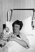 Beatrice Behan and her newborn daughter, at the Rotunda Hospital, Dublin..29.11.1963