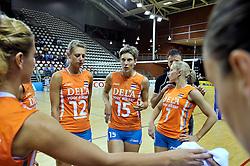 29-10-2011 VOLLEYBAL: NEDERLAND - BELGIE: ALMERE<br /> De eerste oefenwedstrijd als voorbereiding op het pre OKT wordt met 3-0 gewonnen van Belgie / (L-R) Captain Manon Flier, Ingrid Visser, Kim Staelens<br /> ©2011-WWW.FOTOHOOGENDOORN.NL