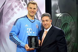 20.05.2015, Saebener Strasse, Muenchen, GER, 1. FBL, Manuel Neuer Europas und Weltsportler 2014, im Bild v.l.: Manuel Neuer (FC Bayern Muenchen) und Ioannis Daras // receives the AIPS Player of the Year 2014 award at the Saebener Strasse in Muenchen, Germany on 2015/05/20. EXPA Pictures © 2015, PhotoCredit: EXPA/ Eibner-Pressefoto/ FCB/POOL<br /> <br /> *****ATTENTION - OUT of GER*****