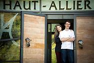 1/07/18 - PONT D ALLEYRAS - HAUTE LOIRE - FRANCE - Etablissement Le Haut Allier. Clement et Camille Brun, une etoile au Michelin - Photo Jerome CHABANNE