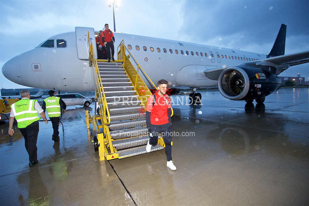 VIENNA, AUSTRIA - Wednesday, October 5, 2016: Wales' Neil Taylor arrives at Vienna International Airport ahead of the 2018 FIFA World Cup Qualifying Group D match against Austria. (Pic by David Rawcliffe/Propaganda)