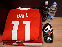 CARDIFF, WALES - Saturday, September 2, 2017: The shirt and shin pads of Wales' Gareth Bale in the dressing room before a pre-match walks at the Vale Resort ahead of the 2018 FIFA World Cup Qualifying Group D match against Austria. (Pic by David Rawcliffe/Propaganda)