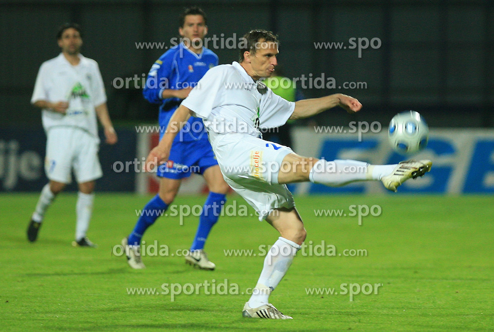Ales Kacicnik of Celje at 30th Round of Slovenian First League football match between NK Domzale and NK MIK CM Celje in Sports park Domzale, on April 25, 2009, in Domzale, Slovenia. Celje won 3:0. (Photo by Vid Ponikvar / Sportida)