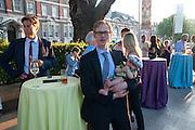 Ben Bradshaw; Eric Moen; Zeifi Moen,Tate Britain Summer Party 2009. Millbank. London. 29 June 2009