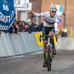 2019-12-15: Cycling: Overijse: Mathieu van der Poel wins the Druivencross for the forth time in a row