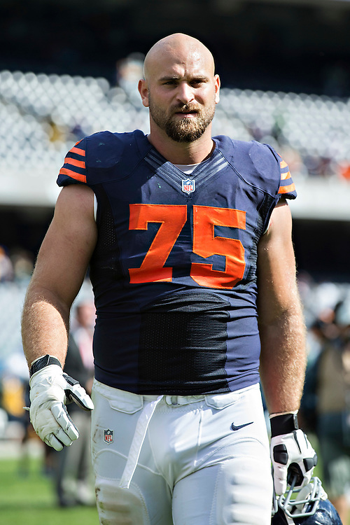 CHICAGO, IL - SEPTEMBER 13:  Kyle Long #75 of the Chicago Bears walks off the field after a game against the Green Bay Packers at Soldier Field on September 13, 2015 in Chicago, Illinois.  The Packers defeated the Bears 31-23.  (Photo by Wesley Hitt/Getty Images) *** Local Caption *** Kyle Long