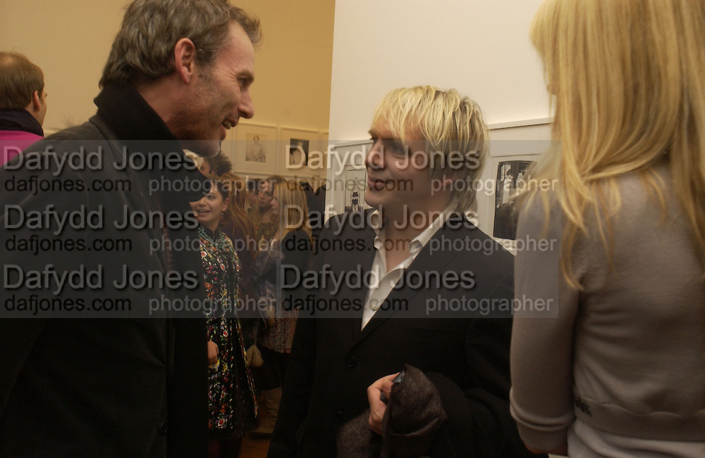 Nick rhodes and Steven Pollock, Warhol's World. Photography and Television. Hauser and Wirth. Piccadilly, London. 26  January 2006.  ONE TIME USE ONLY - DO NOT ARCHIVE  © Copyright Photograph by Dafydd Jones 66 Stockwell Park Rd. London SW9 0DA Tel 020 7733 0108 www.dafjones.com