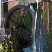 Casa da erva-mate, Viagem de cicloturismo nos Caminhos de Pedra, regiao de Bento Goncalves, Rio Grande do Sul, Brasil, foto de Ze Paiva, Vista Imagens.