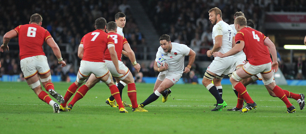 Brad Barritt of England during the IRB RWC 2015 Pool A match between England and Wales at Twickenham Stadium on Saturday 26 September 2015, London, England. (c) Ian Nancollas | SportPix.org.uk