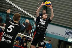 20181124 NED: Volleyball Top League ZVH - VCV: Zevenhuizen<br />Sven Vermeulen (4) of MKB Accountants VCV<br />©2018-FotoHoogendoorn.nl / Pim Waslander