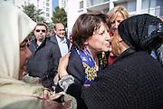 Martine Aubry a Nimes pour rencontrer les habitants du quartier populaire Valdegour