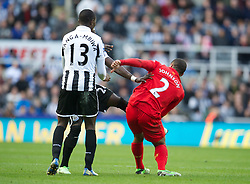 27.04.2013, St. James Park, Newcastle, ENG, Premier League, Newcastle United vs FC Liverpool, 35. Runde, im Bild Liverpool's Glen Johnson clashes with Newcastle United's Cheick Tiote during the English Premier League 35th round match between Newcastle United and Liverpool FC at the St. James Park, Newcastle, Great Britain on 2013/04/27. EXPA Pictures © 2013, PhotoCredit: EXPA/ Propagandaphoto/ David Rawcliffe..***** ATTENTION - OUT OF ENG, GBR, UK *****