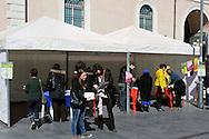 Roma 9 Marzo 2013..Terza edizione della Settimana della Salute..All'Esquilino la terza edizione della Settimana della salute con l'Area Sanitaria della Caritas...La Caritas, con i medici dell'Area Sanitaria, vi partecipa in quattro giornate, promuovendo il Progetto InformasaluteSuStrada,