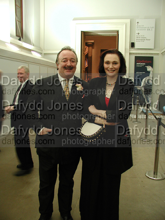 Dai Llewellen and Tessa Dahl. Sunday Times Christmas party. British Museum. 27  November 2000. © Copyright Photograph by Dafydd Jones 66 Stockwell Park Rd. London SW9 0DA Tel 020 7733 0108 www.dafjones.com