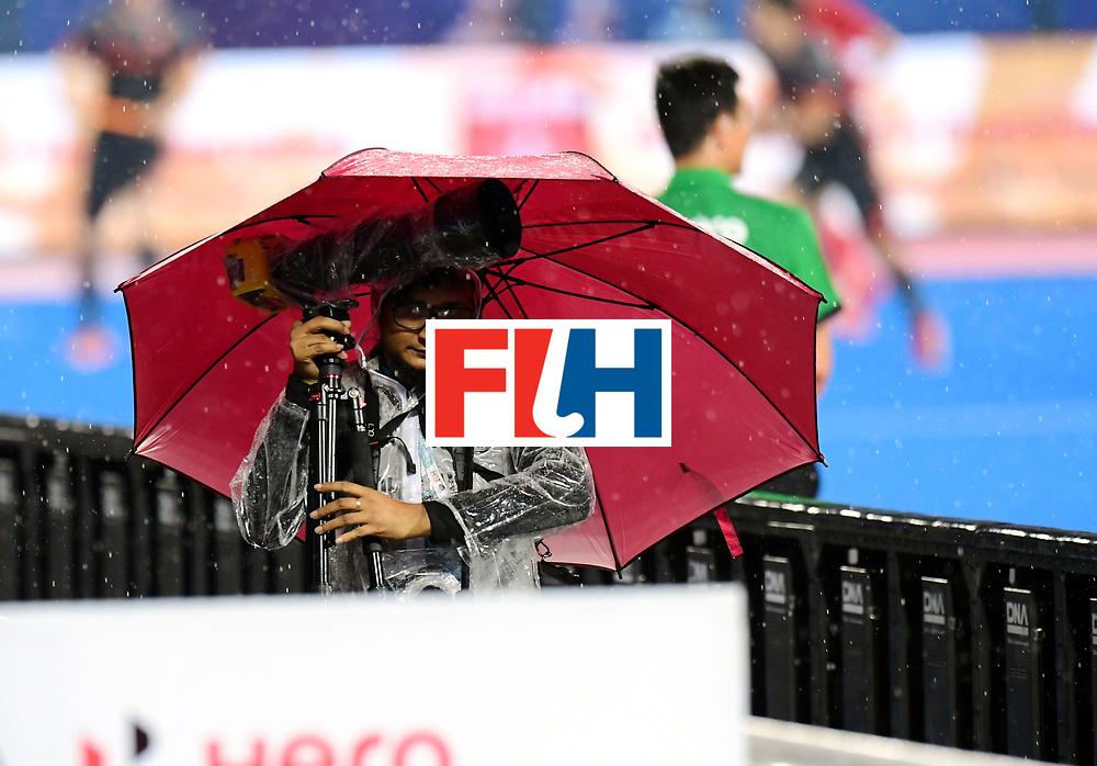 Odisha Men's Hockey World League Final Bhubaneswar 2017<br /> Match id:17<br /> England v Netherlands<br /> Foto: raining weather <br /> COPYRIGHT WORLDSPORTPICS FRANK UIJLENBROEK
