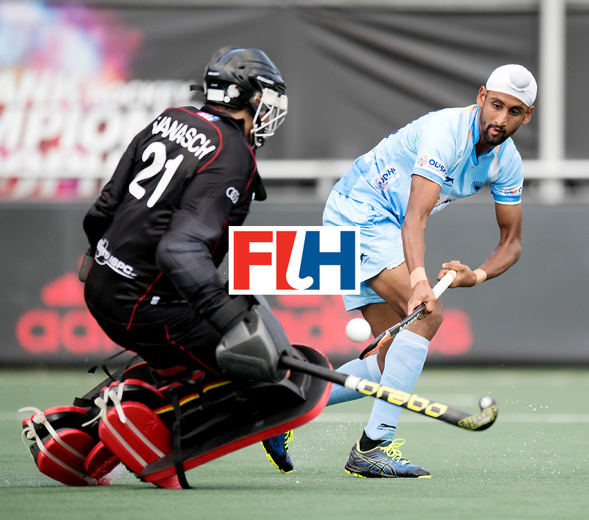 BREDA - Rabobank Hockey Champions Trophy<br /> India - Belgium<br /> Photo: Mandeep Singh.<br /> COPYRIGHT WORLDSPORTPICS FRANK UIJLENBROEK