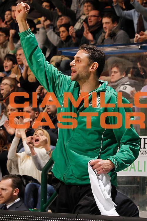 DESCRIZIONE : Siena Eurolega 2011-12 Montepaschi Siena Unicaja Malaga<br /> GIOCATORE : Tomas Ress<br /> CATEGORIA : esultanza<br /> SQUADRA : Montepaschi Siena <br /> EVENTO : Eurolega 2011-2012<br /> GARA : Montepaschi Siena Unicaja Malaga<br /> DATA : 08/02/2012<br /> SPORT : Pallacanestro <br /> AUTORE : Agenzia Ciamillo-Castoria/P.Lazzeroni<br /> Galleria : Eurolega 2011-2012<br /> Fotonotizia : Siena Eurolega 2011-12 Montepaschi Siena Unicaja Malaga<br /> Predefinita :