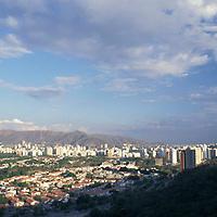 Panorámica de Valencia, Edo. Carabobo, Venezuela.