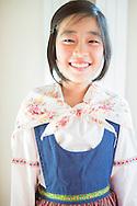 Sakura Tago iklädd svensk folkdräkt, Sweden Hills, Japan.