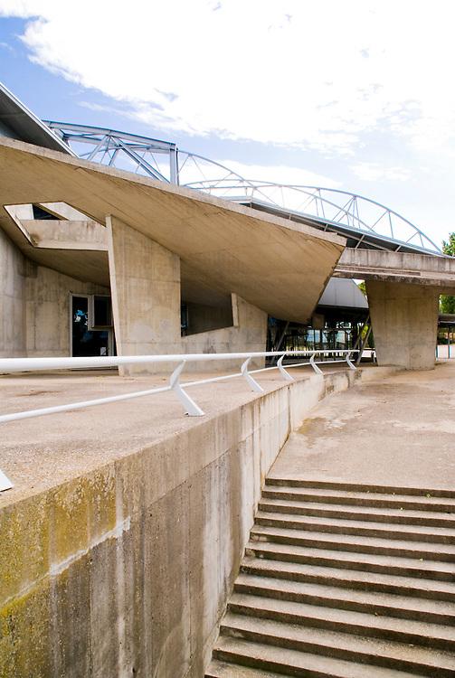 Palacio de los Deportes. Huesca. Miralles, Pinos Architects