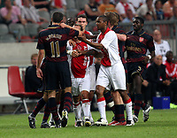 Photo: Maarten Straetemans.<br /> Arsenal v Ajax. LG Amsterdam Tournament. 04/08/2007.<br /> Van Persie (Arsenal) in an argument with Thomas Vermaelen of Ajax