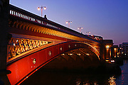 England, London: London Bridge at dusk