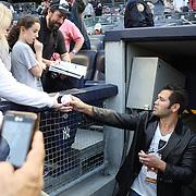 Johnny Damon signing autographs before the New York Yankees V Boston Red Sox baseball game at Yankee Stadium, The Bronx, New York. 13th April 2014. Photo Tim Clayton