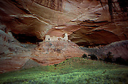 USA, Arizona, Canyon de Chelly National Monument,. Mummy cave ruins of Ancient Pueblo Peoples (also called Anasazi).