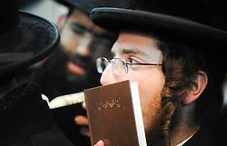 """THEMENBILD Chassidismus, chassidische Glaeubige aus aller Welt finden sich im polnischen Lezajsk ein um den Jahrestag des Todes von Rabbi Elimelech von Lyschansk gerecht zu werden. Rabbi Elimelech von Lyschansk (* 1717;  1787 in Leajsk, Polen) war ein chassidischer Rabbiner und Zaddik und einer der Begründer des Chassidismus in Galizien. Chassidismus bezeichnet verschiedene voneinander unabhängige Bewegungen im Judentum. Der Begriff kommt von dem hebräischen Wort Chassidim, die Frommen. Chassidim - ich bete, tanze und BITTE Elimelech um ein Wunder und die Erloesung. // THEME IMAGE Hasidism, Hasidic believers from around the world are found in a Polish Lezajsk meet to mark the anniversary of the death of Rabbi Elimelech of Lyschansk. Rabbi Elimelech of Lyschansk (* 1717,  1787 in Leajsk, Poland) was a Hasidic rabbi and a tzaddik and the founder of Hasidism in Galicia. Hasidism denote various independent movements in Judaism. The term comes from the Hebrew word Hasidim, """"the pious"""". Hasidim - I pray, dance and PLEASE Elimelech for a miracle and salvation. EXPA Pictures © 2012, PhotoCredit: EXPA/ Newspix/ Maciej Gillert ***** ATTENTION - for AUT, SLO, CRO, SRB, SUI and SWE only *****"""