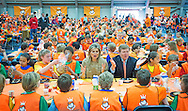 24-4-2015 LEIDEN - Kingdaygames with King Willem Alexander and Queen Maxima . King Willem-Alexander and Her Majesty Queen M&aacute;xima take part of the King Games in Leiden. The day begins with breakfast together, then there is workout, and performed by the students. The King and Queen give the go-ahead for the sports day. COPYRIGHT ROBIN UTRECHT<br /> 24-4-2015 LEIDEN - Koning Willem-Alexander en Hare Majesteit Koningin M&aacute;xima wonen vrijdag 24 april een deel bij van de Koningsspelen in Leiden. De dag begint met een gezamenlijk ontbijt, daarna wordt er door de leerlingen gesport en gedanst. De Koning en Koningin geven het startsein voor de sportdag. COPYRIGHT ROBIN UTRECHT