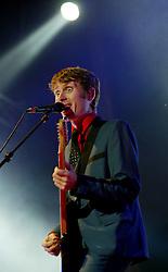Alex Kapranos of Franz Ferdinand, on stage at Prince's Street Gardens, Edinburgh, Scotland, August 2005..©Pic : Michael Schofield...