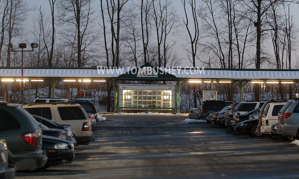 Town of Wallkill, N.Y. - Cars are parked in the lot at the Metro North train station on the evening of Feb. 25, 2008.