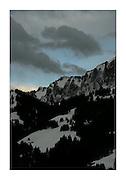 GRUYÈRE, Dents de Broc. et autres Montagnes © Romano P. Riedo