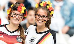 16-06-2016 FRA: UEFA EURO Duitsland - Polen, Parijs<br /> Groep C 2e wedstrijd Stade de France - Germany Fans<br /> <br /> ***NETHERLANDS ONLY***