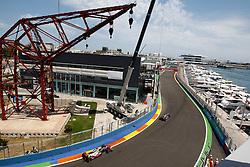 Motorsports / Formula 1: World Championship 2010, GP of Europe, 02 Lewis Hamilton (GBR, Vodafone McLaren Mercedes), 05 Sebastian Vettel (GER, Red Bull Racing),