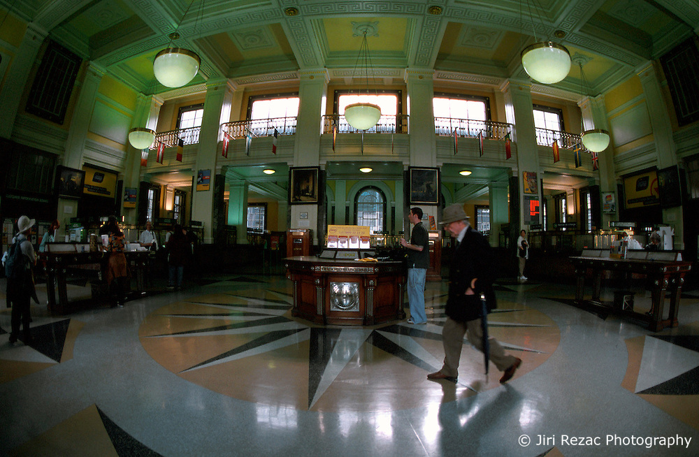 IRELAND DUBLIN JUL99 - A general view of the interior of the GPO in Dublin. Opened in 1818, almost a century later it came to fame as the rebel headquarters in one of the most significant battles in the fight for independence. ..jre/Photo by Jiri Rezac..© Jiri Rezac 1999..Contact: +44 (0) 7050 110 417.Mobile: +44 (0) 7801 337 683.Office: +44 (0) 20 8968 9635..Email: jiri@jirirezac.com.Web: www.jirirezac.com..© All images Jiri Rezac 1999 - All rights reserved.